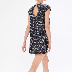 Urban Outfitters Dresses - Urban Outfitters Coven Keyhole Shift Dress